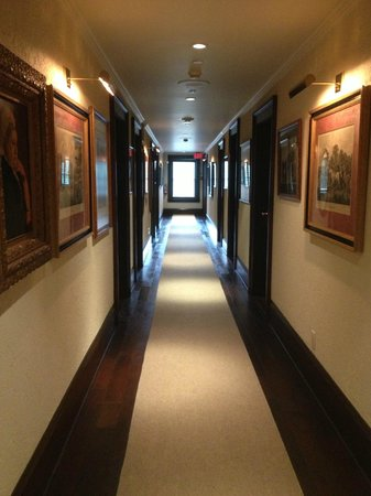 Oban Inn, Spa and Restaurant: 3rd floor hallway