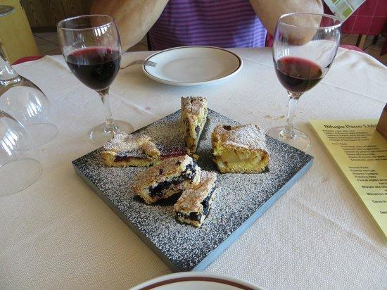 Rifugio passo San Marco 2000: dolcetti casalinghi