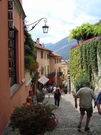 Ristorante Bilacus: The cobbled street showing location
