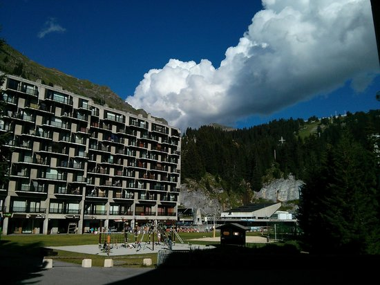 Apartamentos Pierre & Vacances Premium Les Terrasses d'Eos: Flaine village