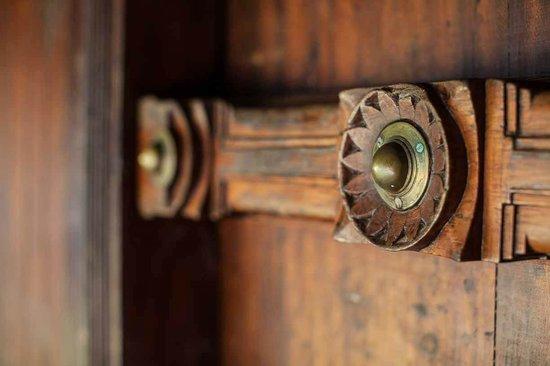 Emerald Isle - The Heritage Villa: Detail of the doors