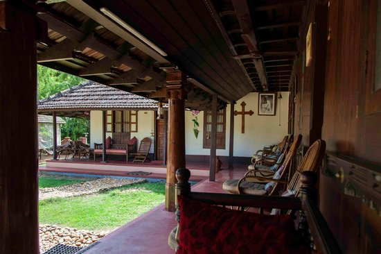 Emerald Isle - The Heritage Villa: The verandah