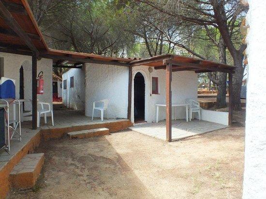 Baia Saraceno : bungalow con bagno privato