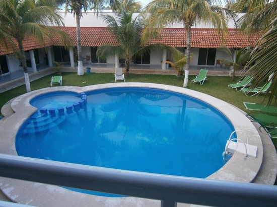 Hotel Plaza Almendros: jardin