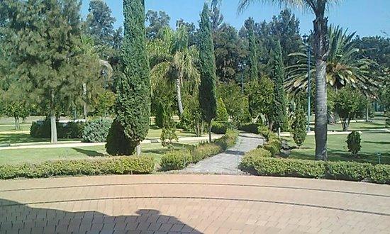 Hostal Spa Rancho La Pitaya: Excelente Jardin