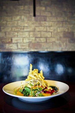 Etown: amazing salad!