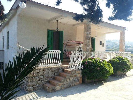 Villa Olimpo B&B : panoramica struttura ovest