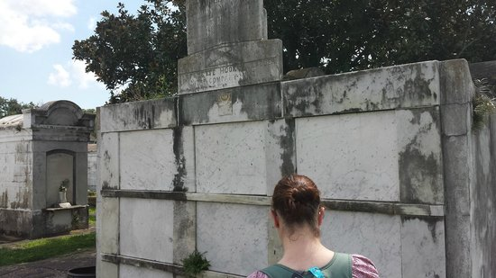 Haunted History Tours of New Orleans : From Lafayette Cemetary