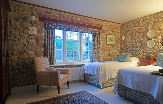 Branscombe House: Twin Bedded Room