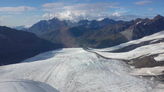 Sound Aviation Flightseeing: Glacier view
