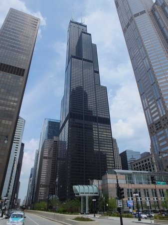 On The Ledge Picture Of Skydeck Chicago Willis