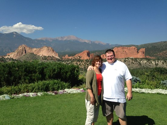 Garden of the Gods Club and Resort: After breakfast and before a long drive home, just feet away from the dining patio