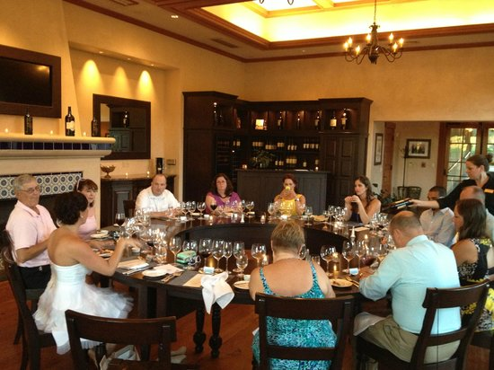 St. Francis Winery & Vineyards : Food and Wine Pairing room - LOVE the round table