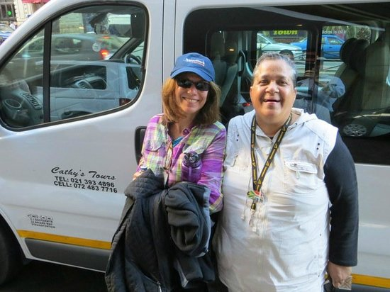 Personal Cape Town Tours Day Tours: Elizabeth and Cathy, our guide