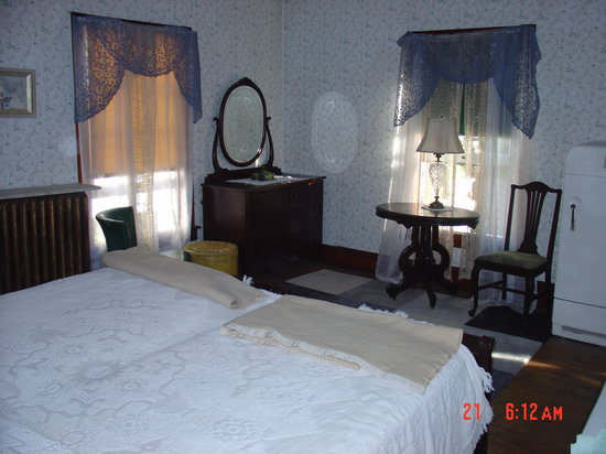 TurnAround Spa Lodge : Guest room  for two
