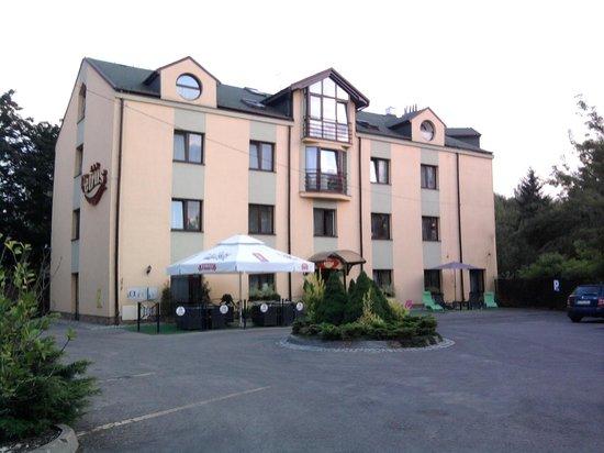 Petrus Hotel: Entrance
