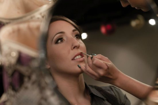 Mirror Mirror Salon & Spa : Jane Iredale Bridal or Any Ocassion Make Up Applications