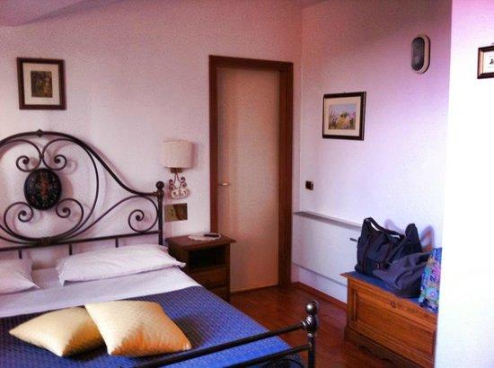 Hotel La Lanterna: Camera