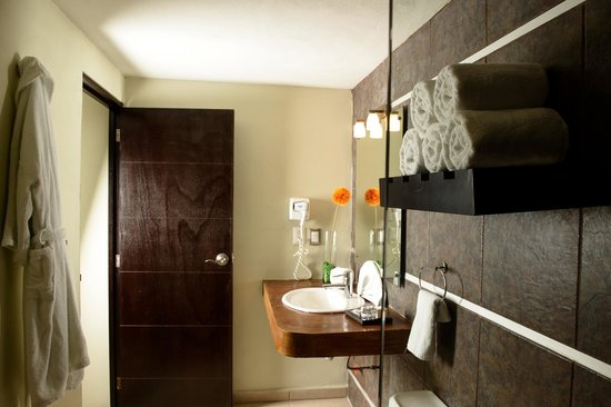 Hotel H177 : Baño