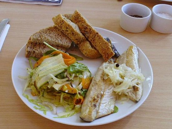 Peppercorn Kitchen Cafe: Mackeral,not good value.