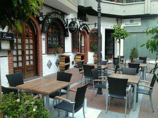 Bar Restaurante Los Faroles : Terraza