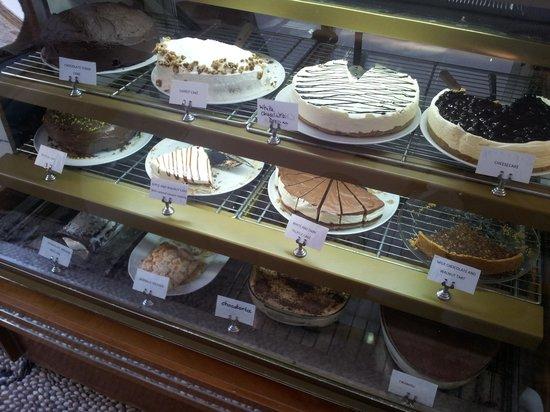 Gelo Blu: Cakes