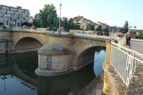 Ibis Metz Centre Cathedrale : wandelbrug naar het centrum