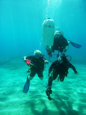 Dive2gether Crete: Eindexamen van onze Search & Recovery cursus.........