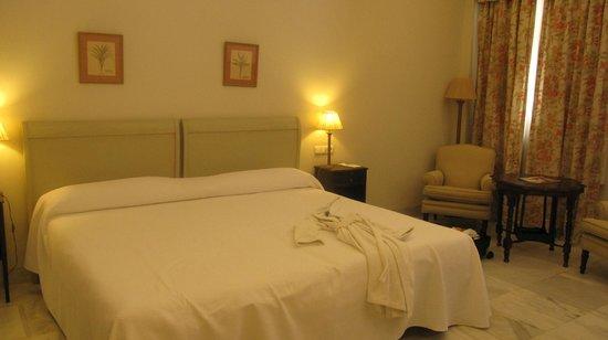 Hotel Villa Jerez: Our room