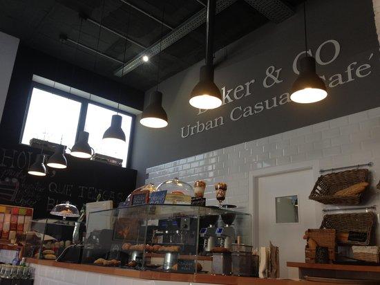 Baker & CO : getlstd_property_photo