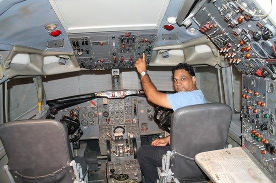 Carolinas Aviation Museum: cockpit