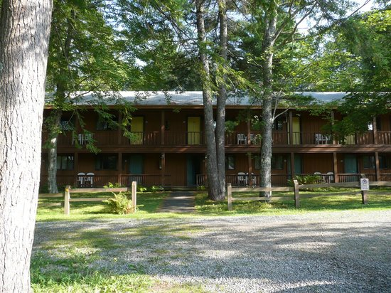Wiscasset Motor Lodge: out