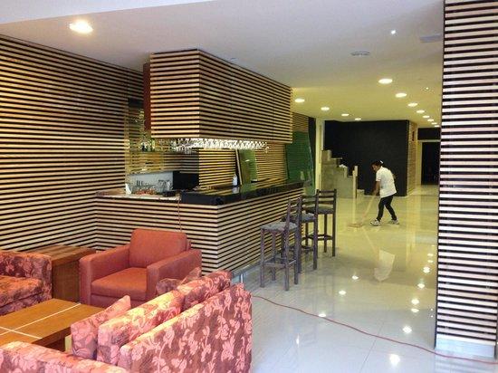 Mision Argento Zacatecas: Hotel lobby bar