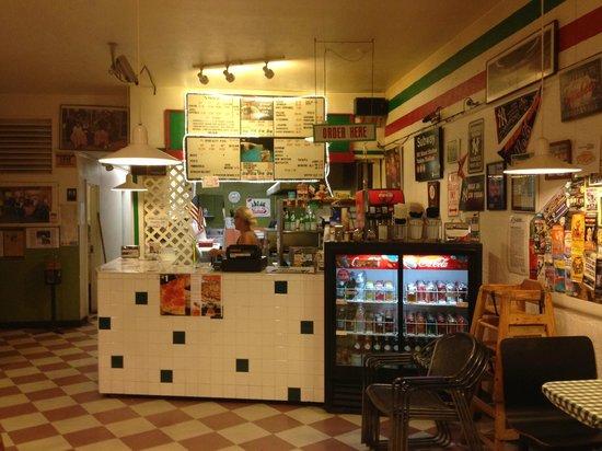 Giovanni's Pizza: Counter where you order