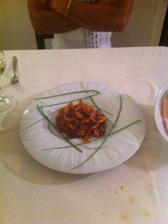 Trattoria San Carlo: calamari con funghi e peperoni squisiti!!