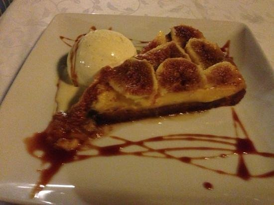 Puig de Sa Roca: home made fig tart. the figs from a tree in the garden!