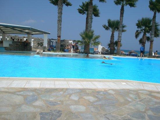 Astir of Paros : beautiful swimming pool