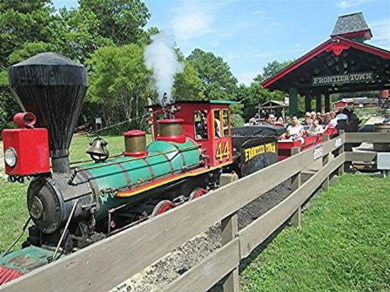 Frontier Town: All aboard