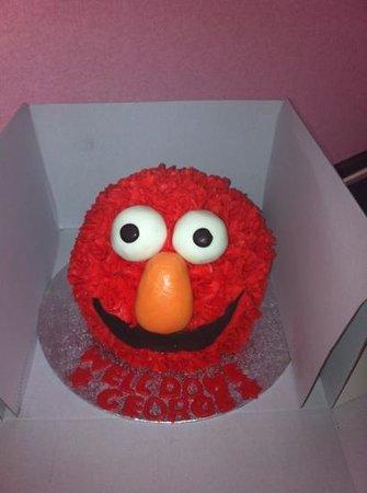 Claires Cupcakes: elmo
