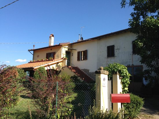 Porcigliano Bed and Breakfast: The house