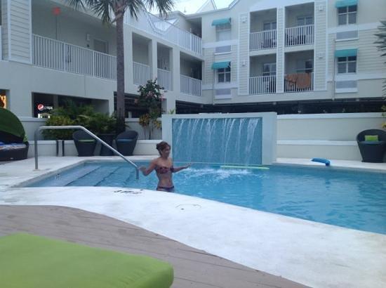 Silver Palms Inn: Añade un título
