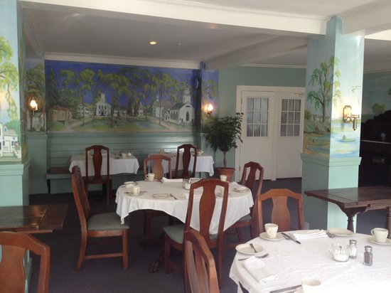 The Castine Inn: Dining Room