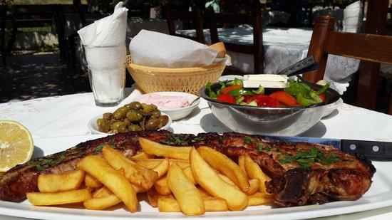 The Vine Leaf Tavern : giant pork chop