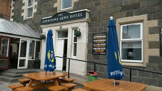 Johnstone Arms Hotel