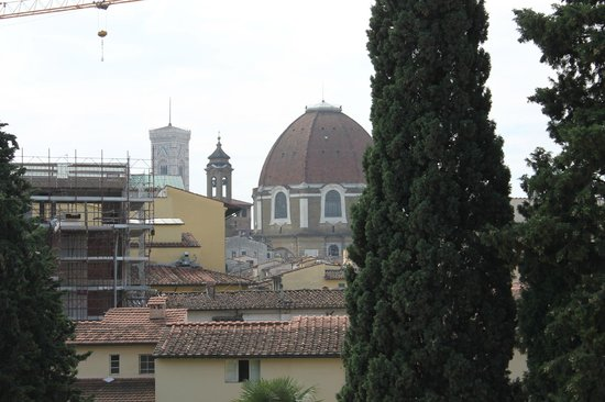 Hotel Merlini: The Duomo and The Baptistery can be seen from one of the windows