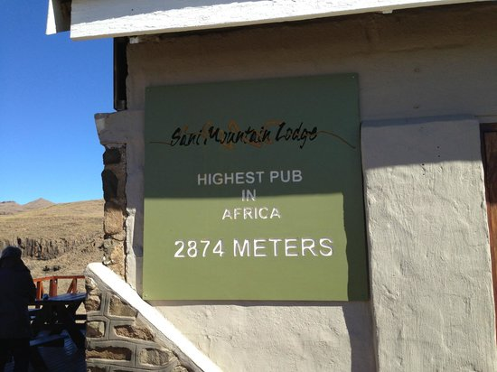 Sani Mountain Lodge: Highest pub in Africa