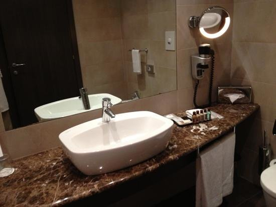 Sheraton Milan Malpensa Airport Hotel & Conference Centre : bagno
