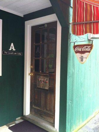 The Barnstead Inn: Cute entrance to our room