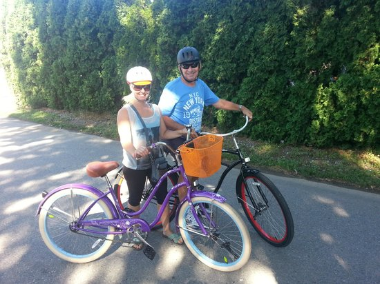At The Beach Bed and Breakfast: our cruiser bike rentals
