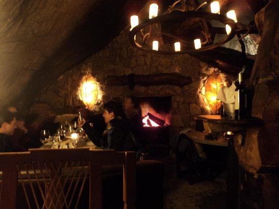 La Cueva: Caverna